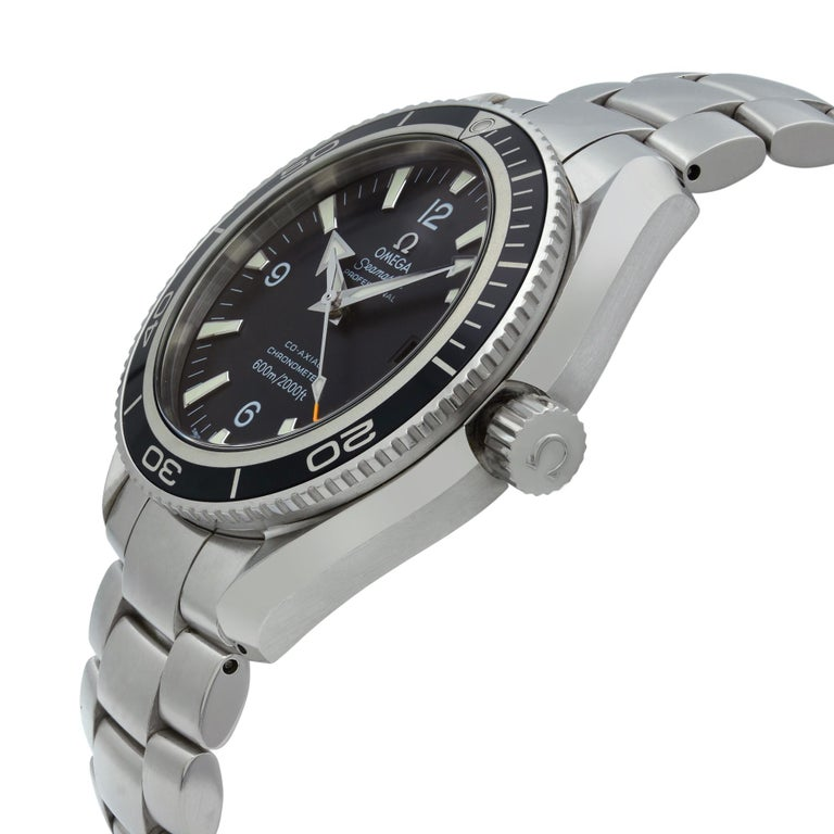 Omega Seamaster Planet Ocean Steel Black Dial Automatic Men's Watch 2201.50.00 In Good Condition For Sale In New York, NY