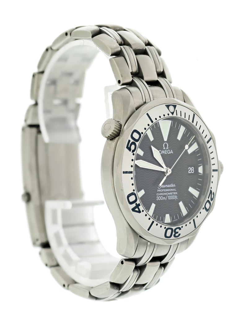 Omega Seamaster Professional 2231.80 Titanium Men's Watch In Excellent Condition For Sale In New York, NY