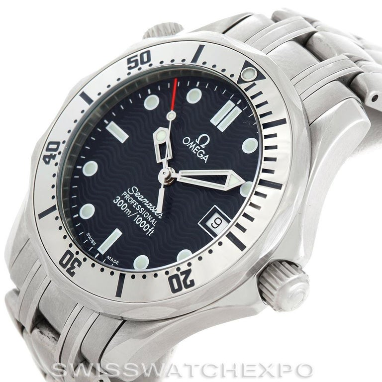 Omega Seamaster Steel Midsize 300 m Men's Watch 2562.80.00 Card In Excellent Condition For Sale In Atlanta, GA
