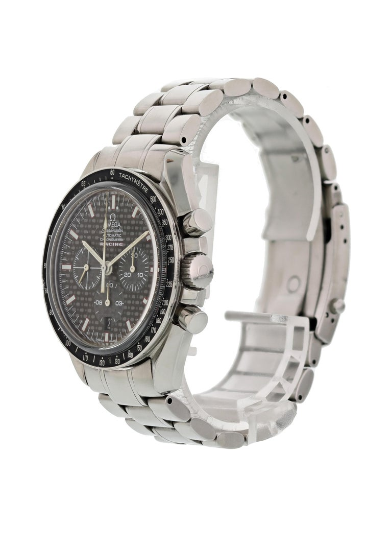 Omega Speedmaster Racing 3552.59.00 Chronometer Mens Watch. 42mm stainless steel case. Stainless steel bezel with black tachymeter bezel insert. Black carbon fiber dial with chronograph and date display at the 5 o'clock position. stainless steel