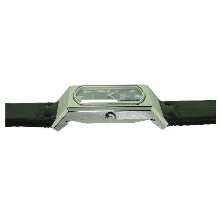 Omega Steel De ville Automatic Curvex Style, circa 1960s For Sale 2