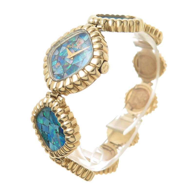 Omega Yellow Gold Opal Bracelet Manual Wind Wristwatch, 1980 In Excellent Condition For Sale In Chicago, IL