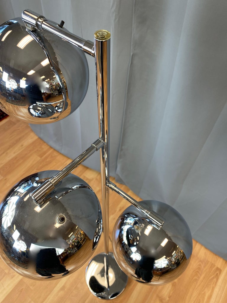 Mid-20th Century OMI for Koch & Lowy Chrome Orb Three-Light Floor Lamp, Late 1960s For Sale