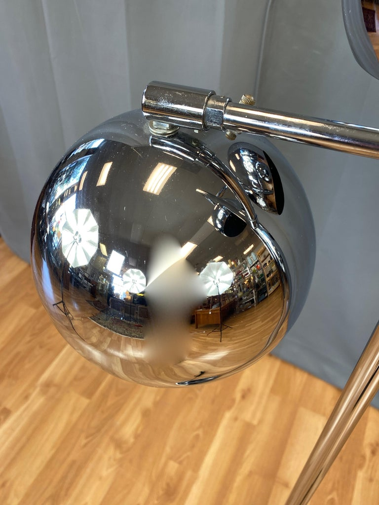 OMI for Koch & Lowy Chrome Orb Three-Light Floor Lamp, Late 1960s For Sale 1