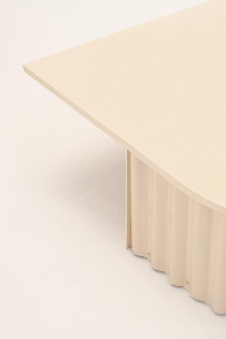 Ondula Coffee Table by Flatwig Studio In New Condition For Sale In Geneve, CH