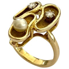 One '1' 14 Karat Yellow Gold Ring, 2 Diamonds and 1 Cultured Pearl, Germany 1960