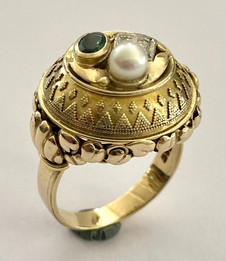 Brilliant Cut One '1' 14 Karat Gold Ring, Cocktail Model, 1 Diamond, 1 Tourmaline, 1 Pearl For Sale