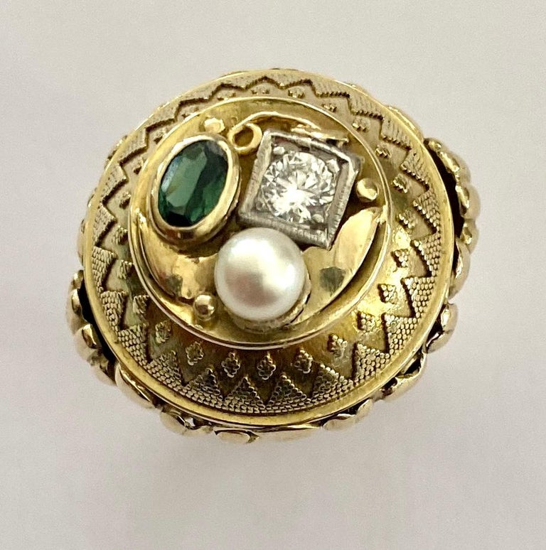 One '1' 14 Karat Gold Ring, Cocktail Model, 1 Diamond, 1 Tourmaline, 1 Pearl In Good Condition For Sale In Heerlen, NL