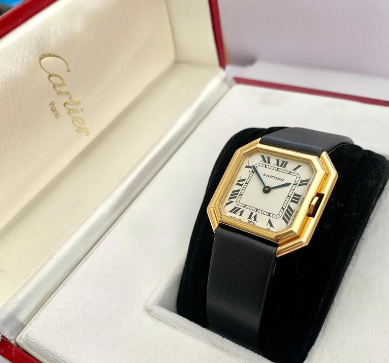 One '1' 18 Karat Yellow Gold Cartier Wristwatch Model Cienture Automatic, 1975 For Sale 2