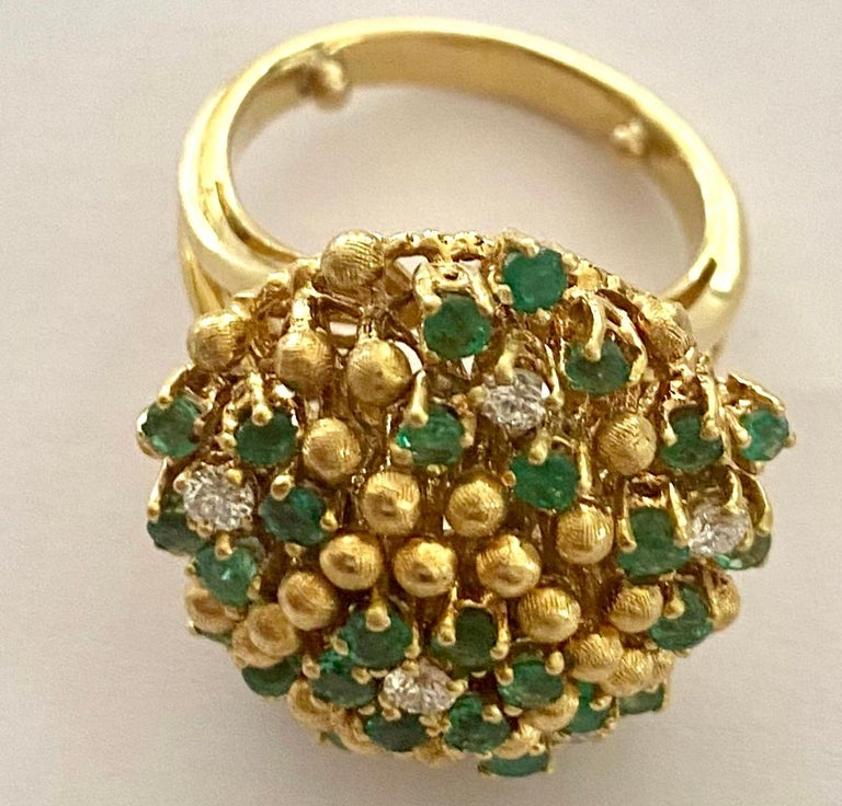 Modern One '1' 18 Karat Gold Cocktail Ring Set with Diamonds and Emeralds, Italy, 1960 For Sale