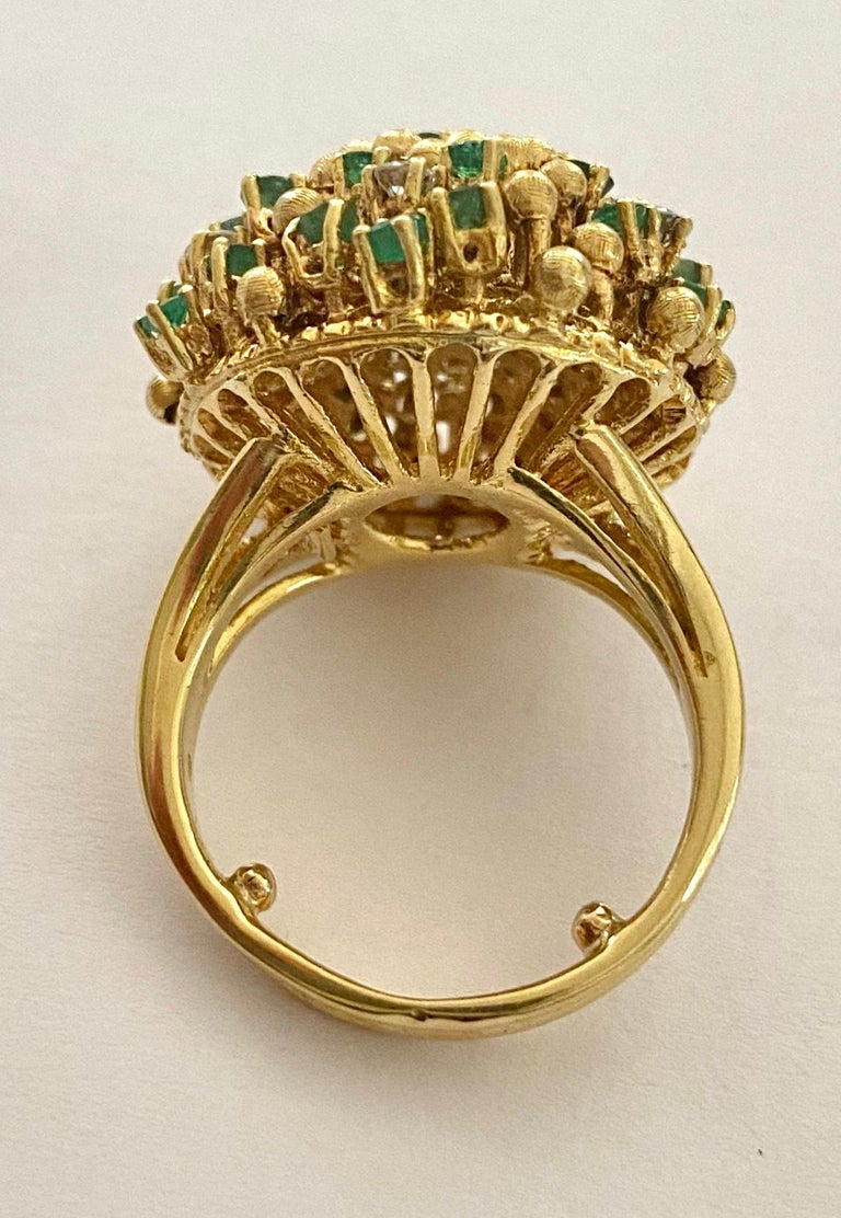 One '1' 18 Karat Gold Cocktail Ring Set with Diamonds and Emeralds, Italy, 1960 In Good Condition For Sale In Heerlen, NL