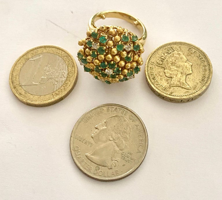 One '1' 18 Karat Gold Cocktail Ring Set with Diamonds and Emeralds, Italy, 1960 For Sale 2
