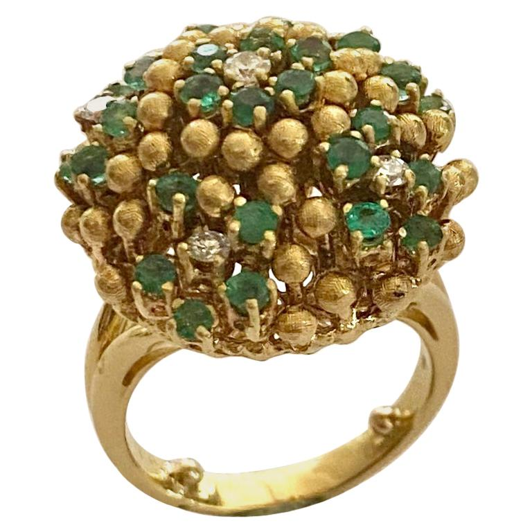 One '1' 18 Karat Gold Cocktail Ring Set with Diamonds and Emeralds, Italy, 1960 For Sale