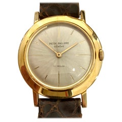 "One '1' 18 Karat Yellow Gold ""Patek Philippe"" Wristwatch, 1961, Model Calatrava"