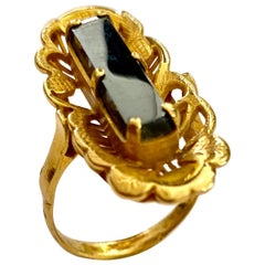 One '1' 20 Karat Yellow Gold Ring with One Hematite Stone, Indonesia, 1935