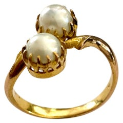 One '1' 20 Karat Yellow Gold Natural Pearl Ring, Dutch Indie's, 1925