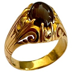 One '1' 22K '916/-' Yellow Gold Ring with Chrysoberyl, Cat's Eye Cabuchon Gem