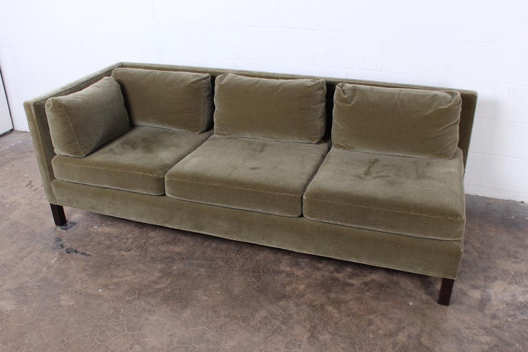 One Arm Sofa by Edward Wormley for Dunbar In Good Condition For Sale In Dallas, TX