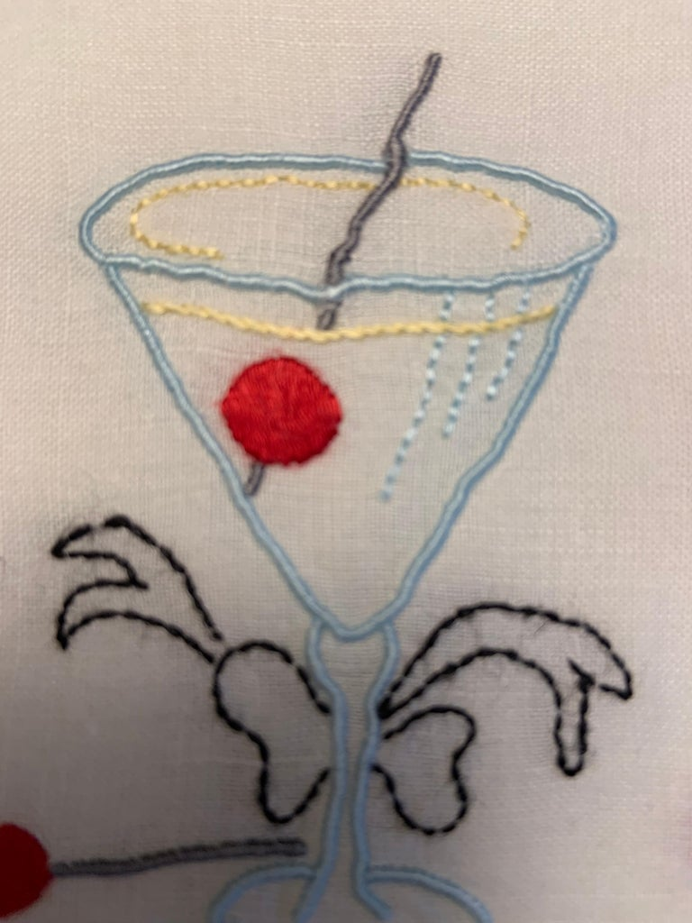 One Dozen 1950's Embroidered Linen Cocktail Napkins with A Perfect Manhattan In Excellent Condition For Sale In New Hope, PA