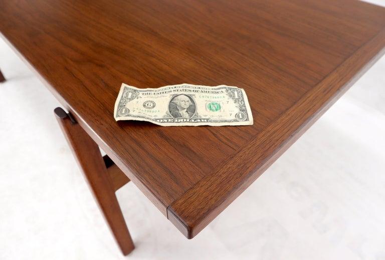 One Drawer Rectangle Shape Teak Danish Mid-Century Modern Coffee Table For Sale 7