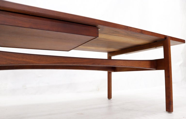 One Drawer Rectangle Shape Teak Danish Mid-Century Modern Coffee Table For Sale 9