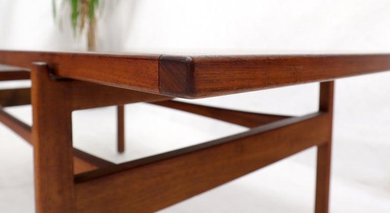 One Drawer Rectangle Shape Teak Danish Mid-Century Modern Coffee Table For Sale 4