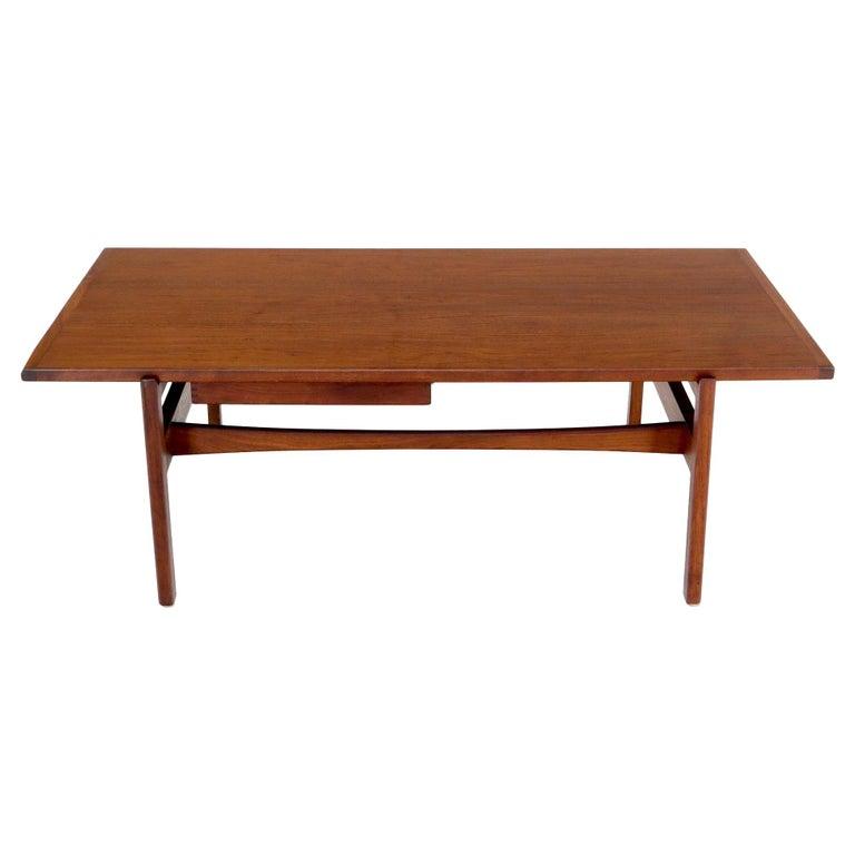 One Drawer Rectangle Shape Teak Danish Mid-Century Modern Coffee Table For Sale