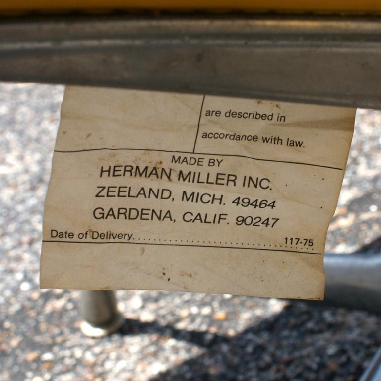 One Eames for Herman Miller Aluminum Group Lounge Chair 1