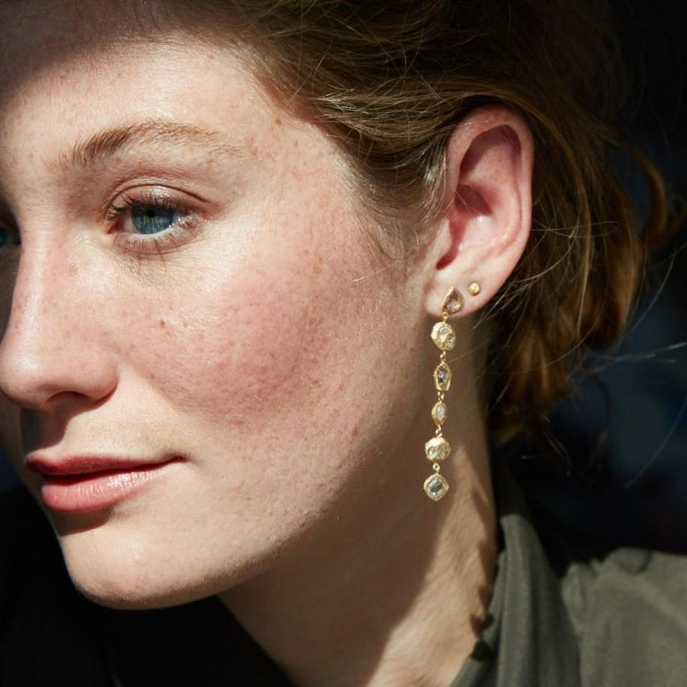 Diamond Yellow Gold Drop Earrings In New Condition For Sale In Brooklyn, NY