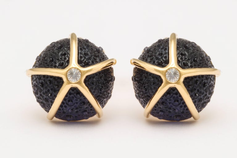 Contemporary One of a Kind Iolite and Diamond Sea Urchin Cufflinks by Michael Kanners For Sale