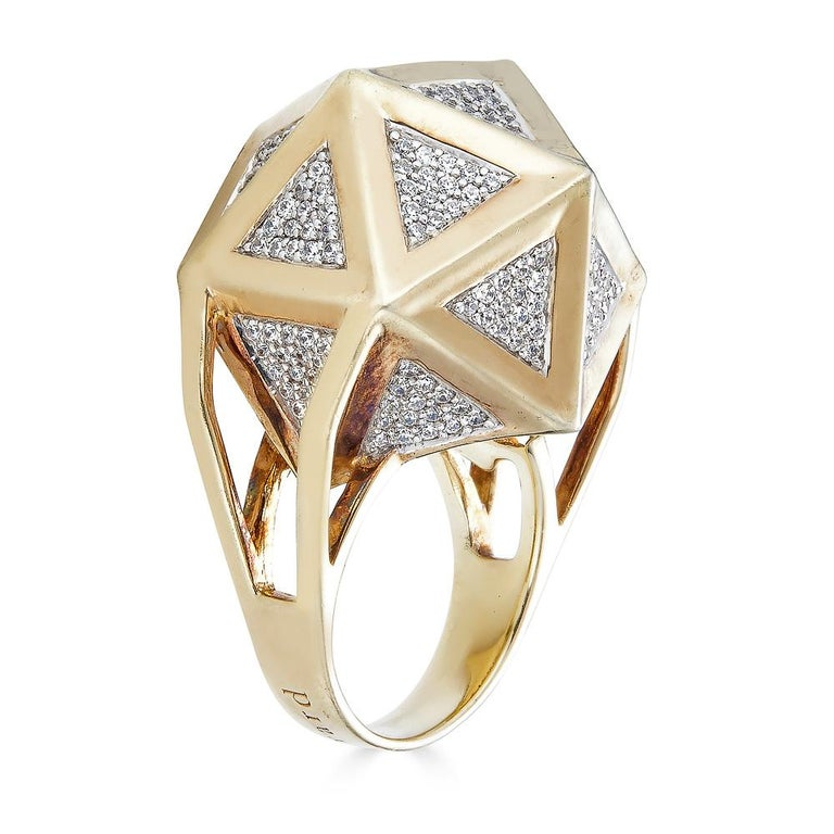 Round Cut One of a Kind Large Icoso White Diamonds 18K Gold Ring For Sale