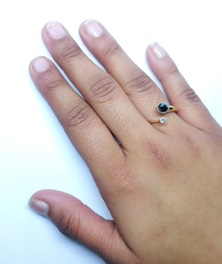 One of a Kind White Diamond Black Rosecut Diamond Yellow Gold Fashion Ring For Sale 6