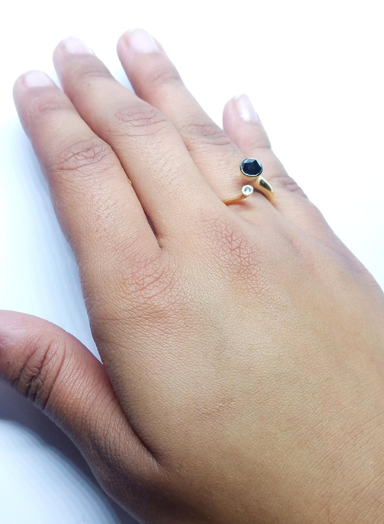 One of a Kind White Diamond Black Rosecut Diamond Yellow Gold Fashion Ring For Sale 7