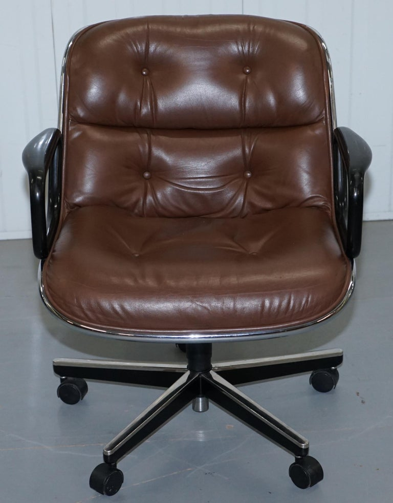 One of Eight Original Knoll Pollock Vintage Brown Leather Executive Armchairs For Sale 6