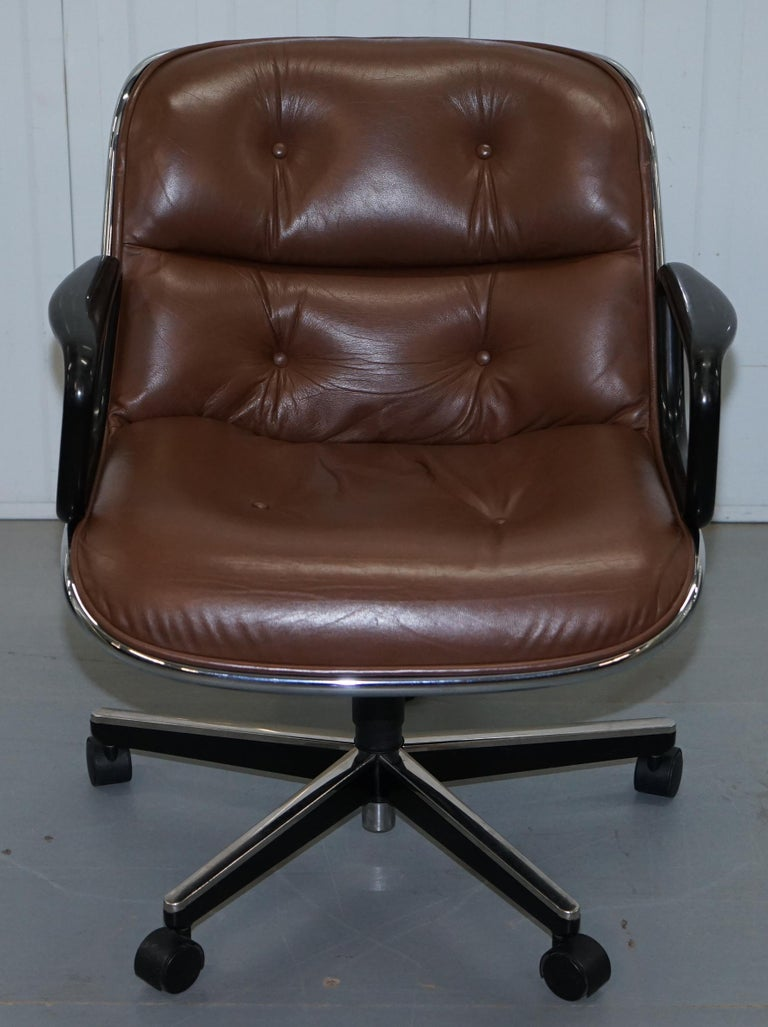 One of Eight Original Knoll Pollock Vintage Brown Leather Executive Armchairs For Sale 7