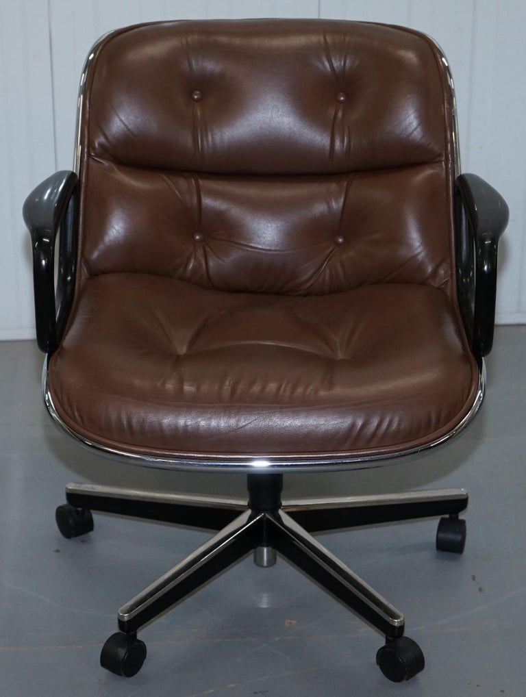 One of Eight Original Knoll Pollock Vintage Brown Leather Executive Armchairs For Sale 8