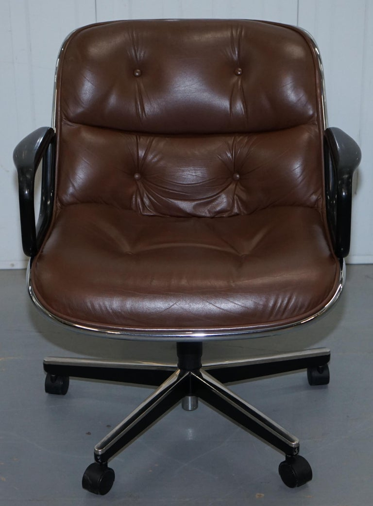 One of Eight Original Knoll Pollock Vintage Brown Leather Executive Armchairs For Sale 9