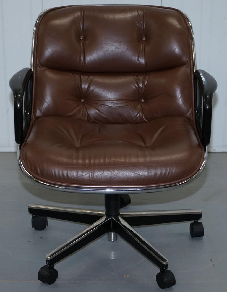One of Eight Original Knoll Pollock Vintage Brown Leather Executive Armchairs For Sale 12