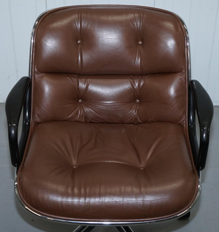 One of Eight Original Knoll Pollock Vintage Brown Leather Executive Armchairs For Sale 13