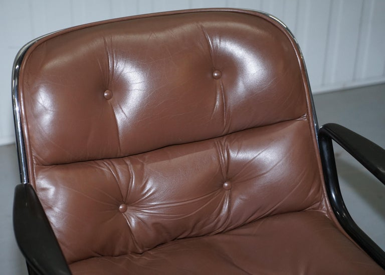 One of Eight Original Knoll Pollock Vintage Brown Leather Executive Armchairs In Good Condition For Sale In London, GB