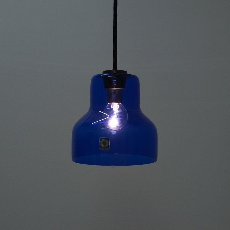 One of Five Blue Murano Glass Pendant Lamps, circa 1980 In Good Condition For Sale In Vienna, AT