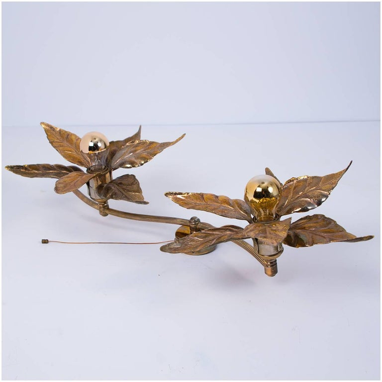 One of Five of Willy Daro Style Brass Flowers Wall Lights For Sale 9