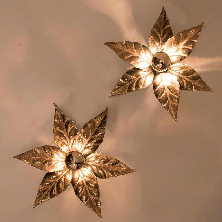 Brutalist One of Five of Willy Daro Style Brass Flowers Wall Lights For Sale