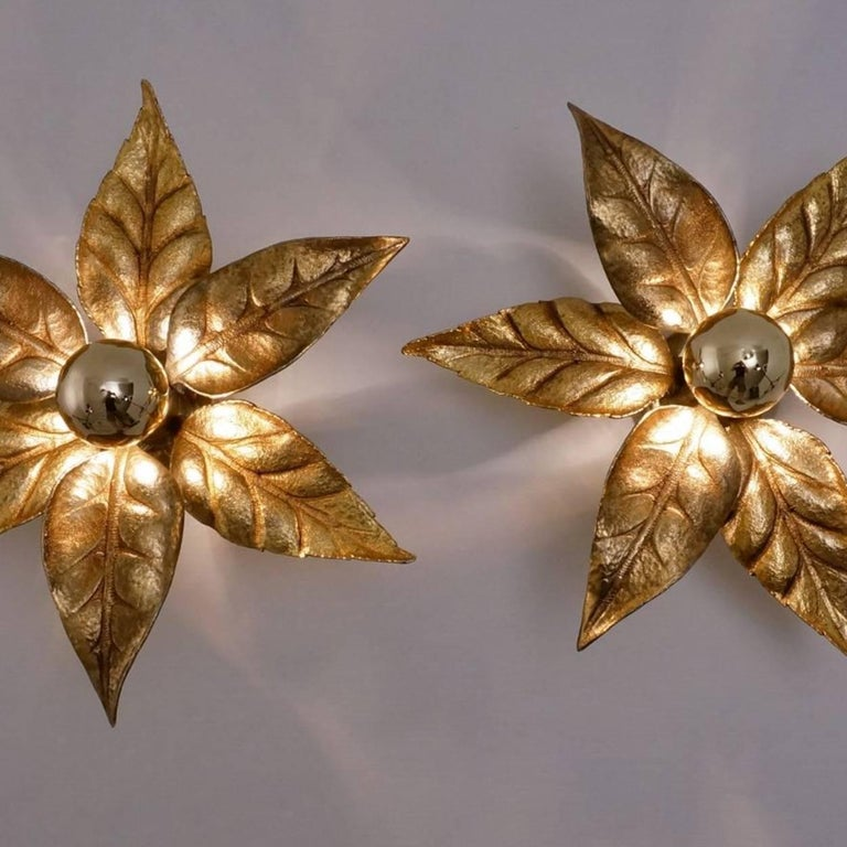 One of Five of Willy Daro Style Brass Flowers Wall Lights For Sale 2