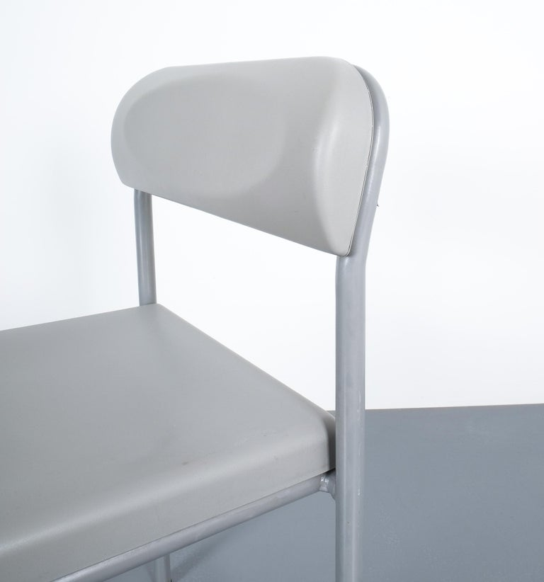 One of Seven Ettore Sottsass Greek Chairs Grey Bieffeplast, Italy, 1980 For Sale 4
