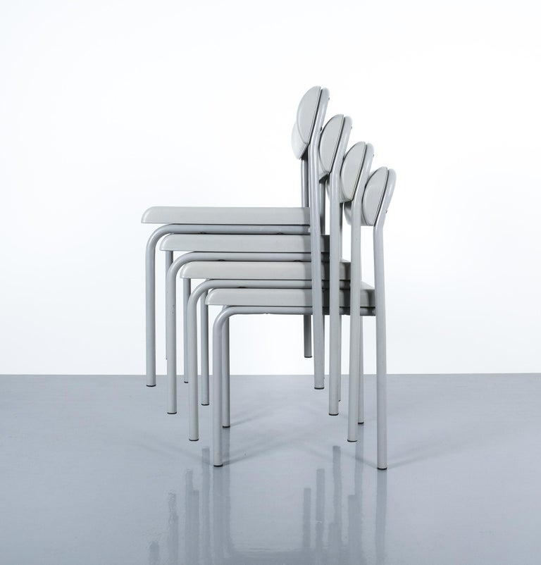 One of Seven Ettore Sottsass Greek Chairs Grey Bieffeplast, Italy, 1980 For Sale 6