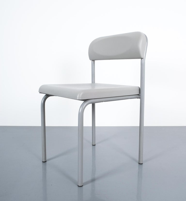 One of Seven Ettore Sottsass Greek Chairs Grey Bieffeplast, Italy, 1980 For Sale 1