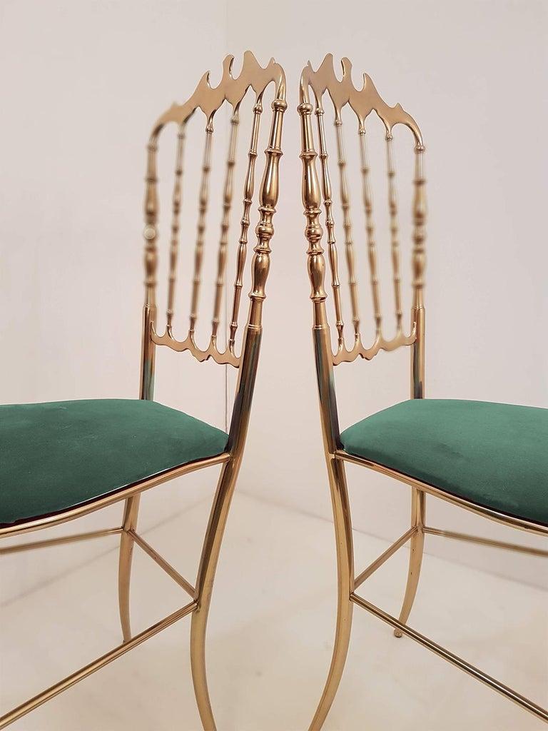 One of Six Italian Brass Chairs by Chiavari, Upholstery Emerald Green Velvet For Sale 1