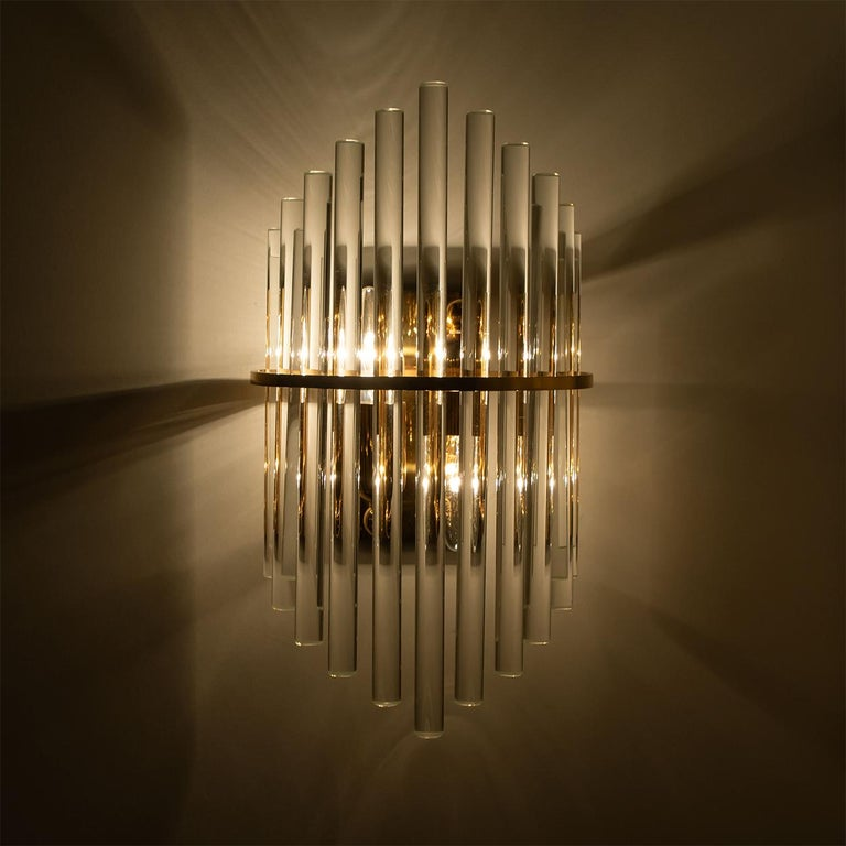 One of the Six Modern Glass Rod Wall Sconces of Sciolari for Lightolier For Sale 4
