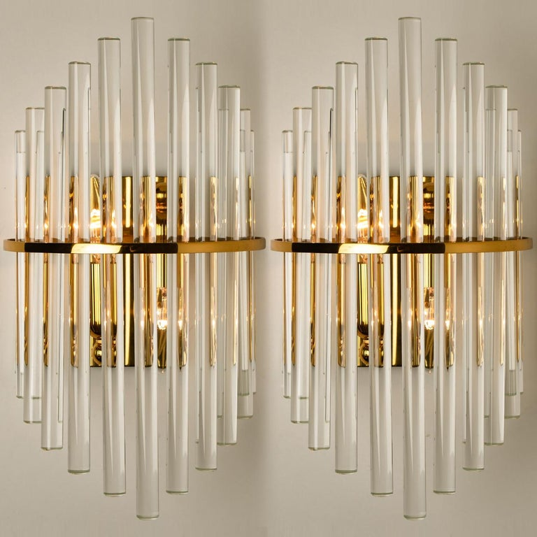 Brass One of the Six Modern Glass Rod Wall Sconces of Sciolari for Lightolier For Sale